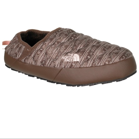 4f1752cdf The NorthFace Thermoball Traction Mule IV Boutique